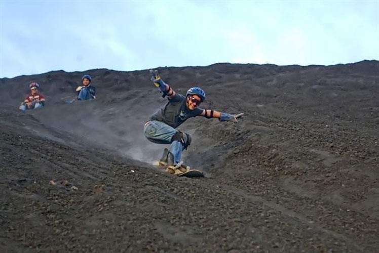 Surf Extremo: Surfeando En Un Volcán