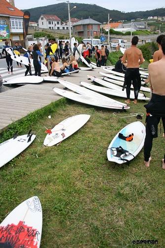 Camp 4: SurfCamp Adultos Jóvenes En La Playa De Razo – Agosto 2009