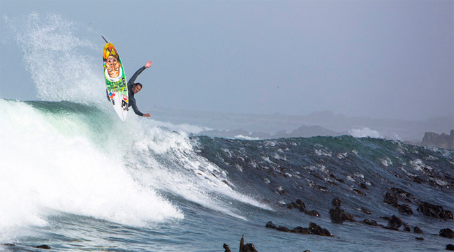 Jordy Smith en la Madibas Left