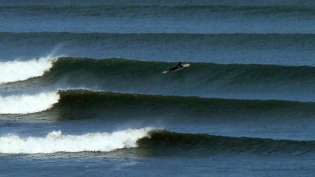 Resultado de imagen para Surfing tube Chicama