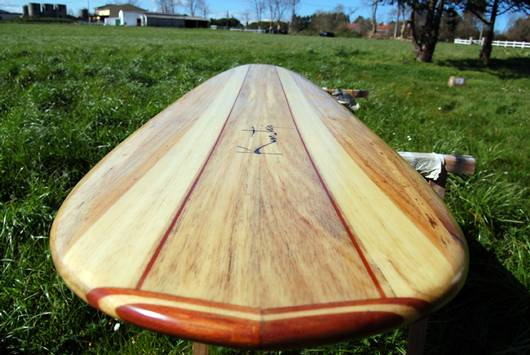 Tabla de surf balsa
