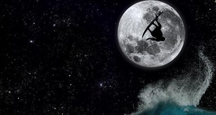 surf con luna llena