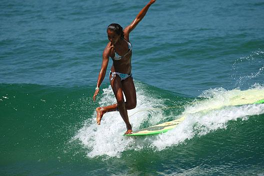 aprender surf en longboard