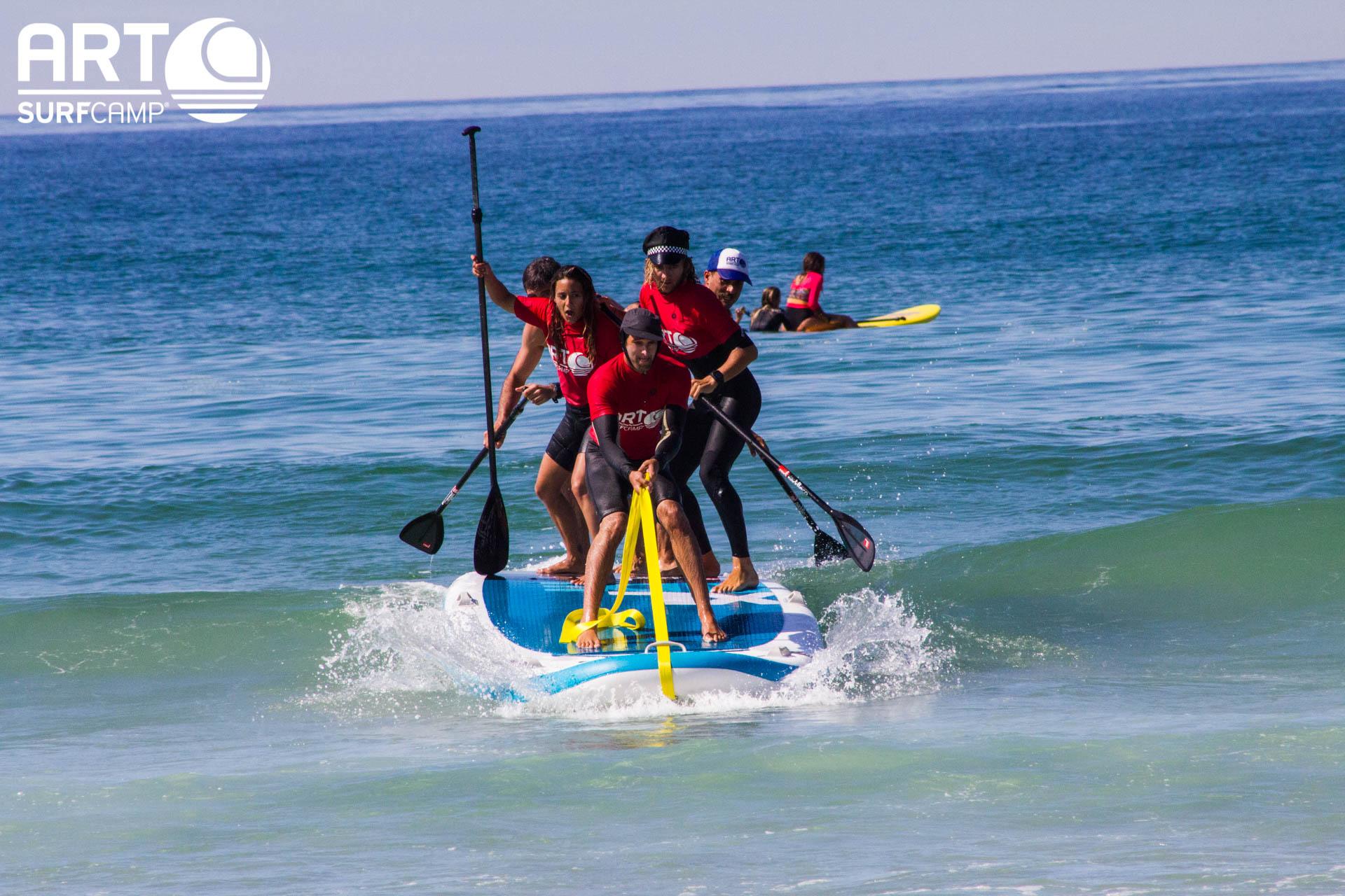 Surfing Paddle XXL: Con Tabla De Cinco Metros y a Lo Loco