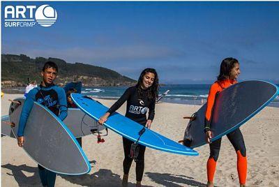 Chicas con tablas de surf - Artsurfcamp