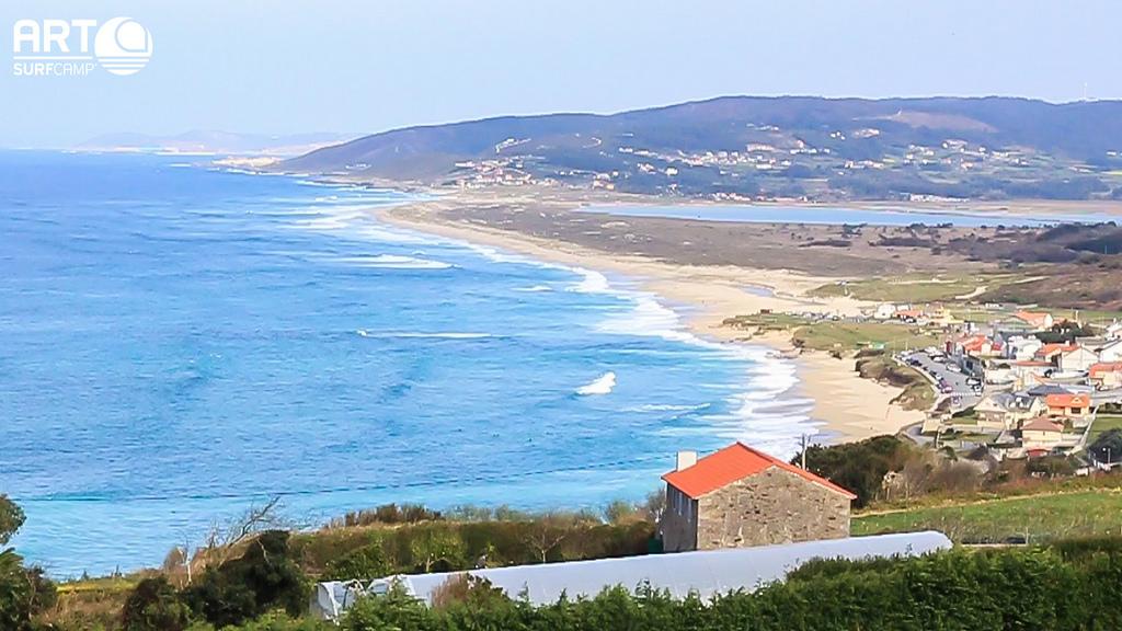 Vacaciones De Surf Perfectas En Razo