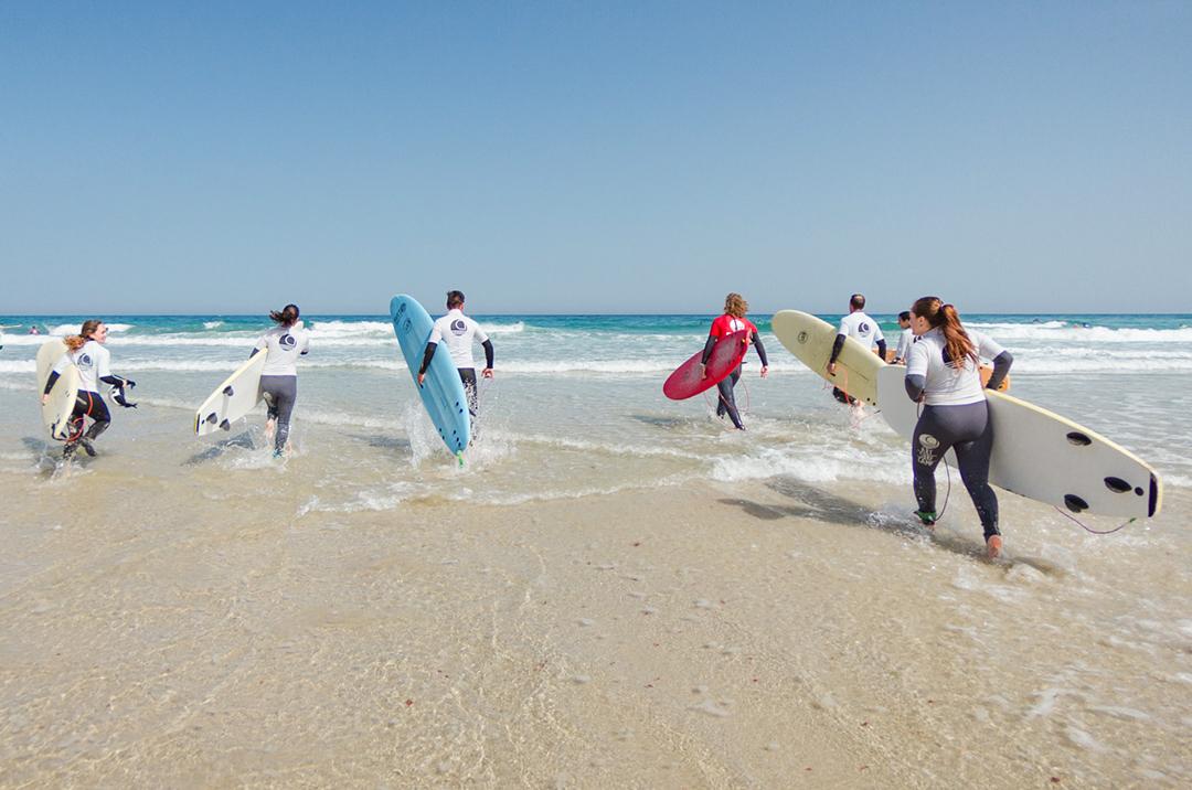 8 Cosas Que Tu Madre Jamás Comprenderá Del Surf