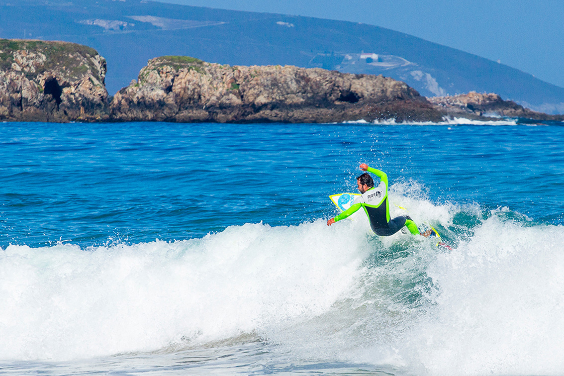 5 Razones Para Venir a Surfear a Galicia