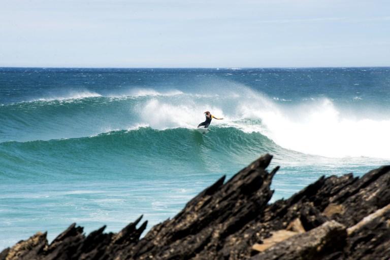 ¡Disfruta De La Temporada De Olas De Galicia y Descubre Sus Mejores Spots!
