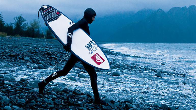 10 Elementos Esenciales Para Engorilarte Con El Surf En Invierno