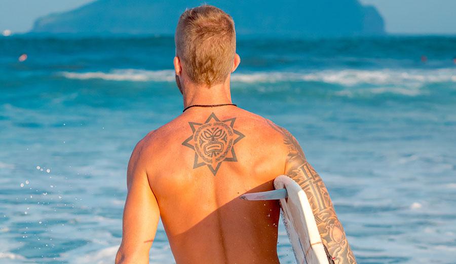 Surfear Después De Un Tatoo: ¿Cuánto Tiempo Debo Esperar?